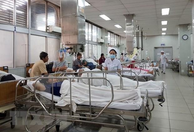 Dos lesionados vietnamitas en incendio en Bangkok reciben alta hospitalaria hinh anh 1