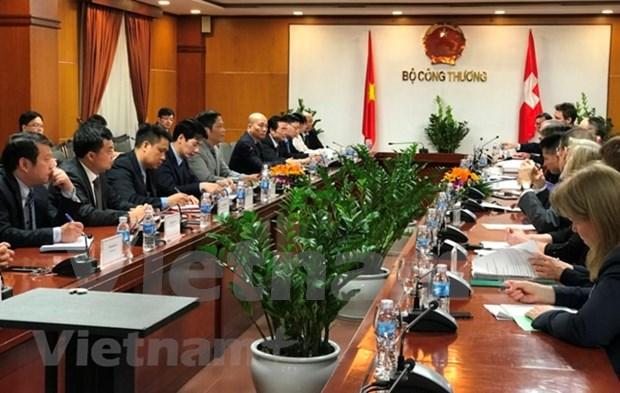 Vietnam y Suiza impulsan cooperacion en energia limpia hinh anh 1