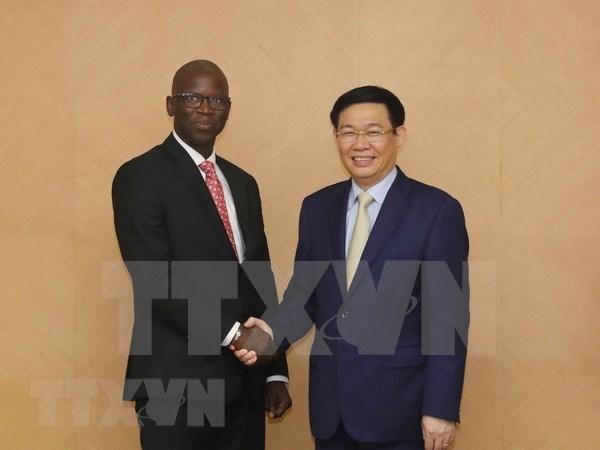 Banco Mundial sugiere a Vietnam sobre politicas relacionadas con reforma de seguro social hinh anh 1