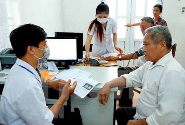 Hanoi acelera concesion de tarjetas de seguro medico electronicas hinh anh 1