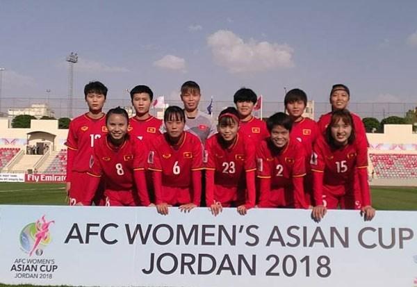 Equipo de futbol femenino de Vietnam pierde ante Japon en Copa Asiatica 2018 hinh anh 1