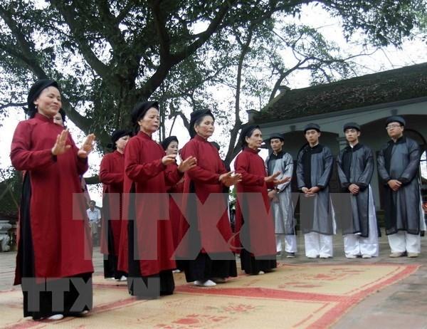Interpretaran Canto Xoan en ocasion del Festival del Templo de Reyes Hung hinh anh 2