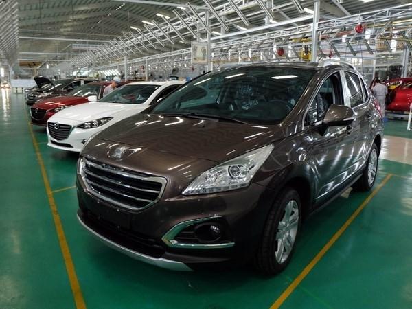 Importaciones automovilisticas de Vietnam se disparan en marzo hinh anh 1