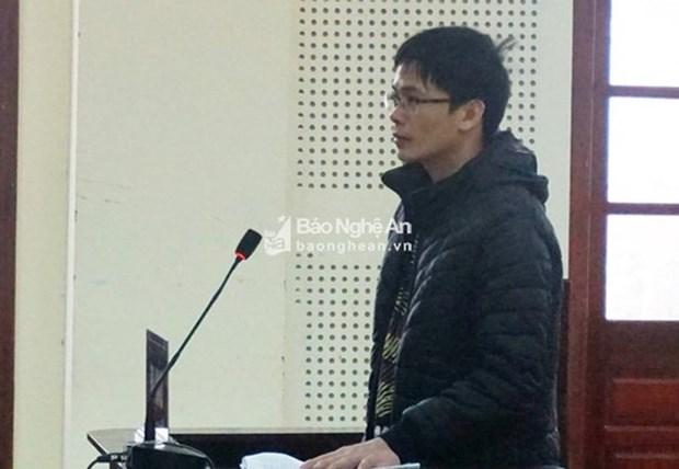 Condenan a penas de hasta nueve anos de carcel a dos acusados de actuar contra el Gobierno hinh anh 1