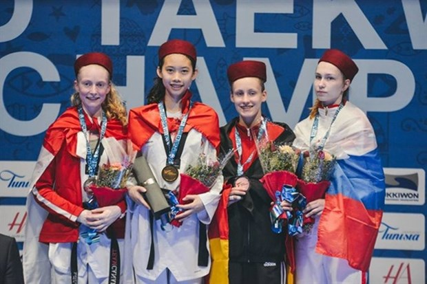 Taekwondista vietnamita gana medalla en el Mundial Juvenil 208 hinh anh 1