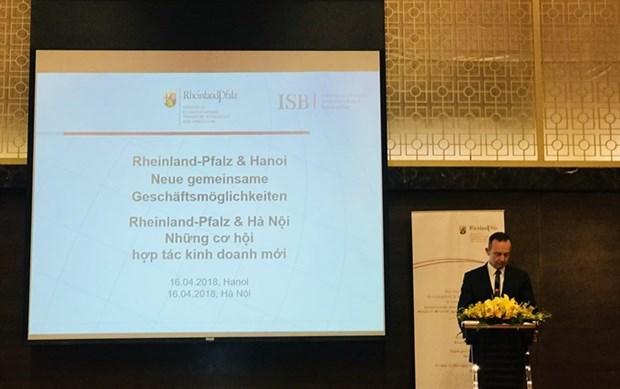 Delegacion alemana busca cooperacion comercial con Vietnam hinh anh 1