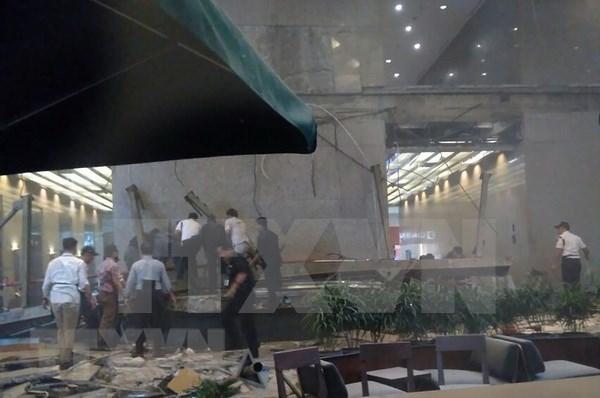 Colapso de edificio en Indonesia causa siete fallecidos hinh anh 1