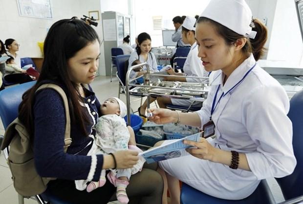 Vietnam aplicara nueva vacuna pentavalente a partir de junio proximo hinh anh 1