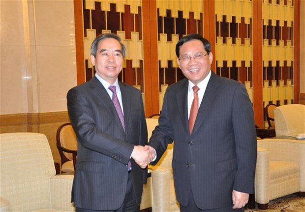 Vietnam promete optimas condiciones para empresas de Shanghai hinh anh 1