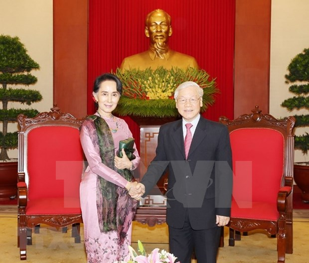 Maximo dirigente partidista de Vietnam dialoga con consejera de Estado de Myanmar hinh anh 1