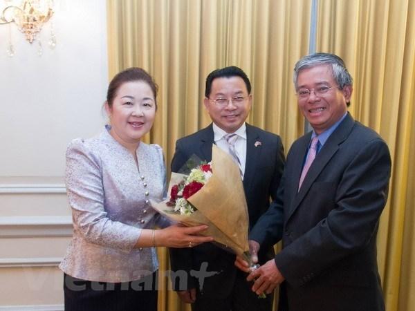 Fortalece la embajada de Vietnam en Washington colaboraciones con entidades similares de ASEAN hinh anh 1