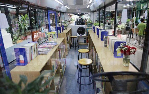 Biblioteca en autobus lanzada en Ciudad Ho Chi Minh hinh anh 1