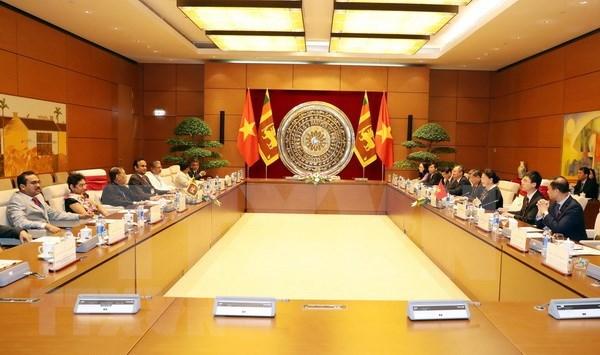 Asamblea Nacional de Vietnam a favor de incrementar nexos legislativos con Sri Lanka hinh anh 1