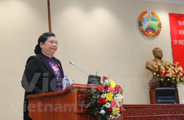 Parlamentos de Vietnam y Laos intercambian experiencias en votacion de confianza hinh anh 1