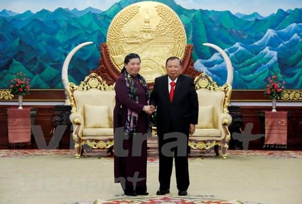Dirigentes de Laos reciben a vicepresidenta de Asamblea Nacional de Vietnam hinh anh 1