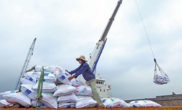 Vietnam logra superavit comercial de tres mil millones de dolares hinh anh 1
