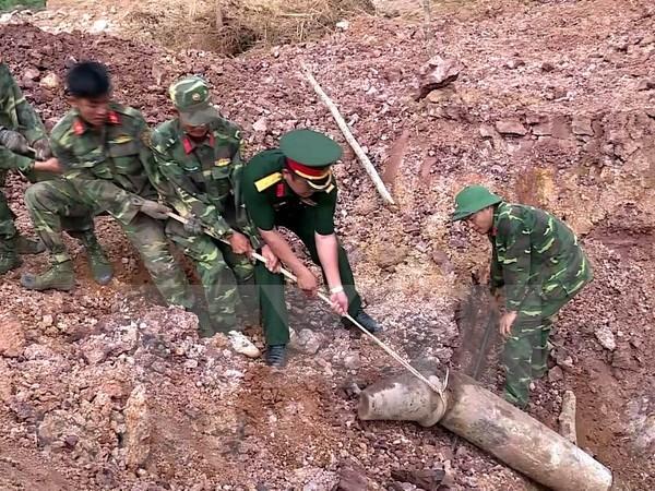 Exhibicion muestra esfuerzos de Vietnam en recuperacion de secuelas de bombas hinh anh 1