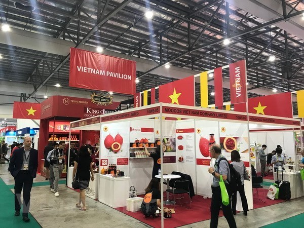 Vietnam asiste a la mayor Feria de Alimentos y Hoteles de Asia en Singapur hinh anh 1