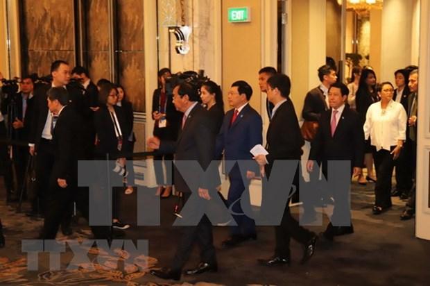 Vietnam asiste a reuniones de consejos de Comunidad Seguridad- Politica y Coordinador de la ASEAN hinh anh 1