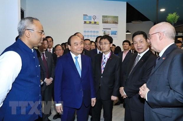 Vietnam invita a empresarios singapurenses a invertir en sus zonas economicas especiales hinh anh 1