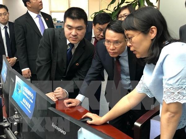 VNA y Xinhua buscan agilizar cooperacion en tareas profesionales hinh anh 1