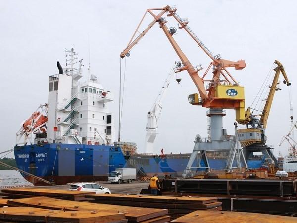 Ingreso de Vietnam por las importaciones y exportaciones aumenta 14,4 por ciento en cuatro meses hinh anh 1