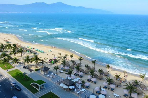Ciudad centrovietnamita de Da Nang inicia temporada del turismo maritimo en 2018 hinh anh 1