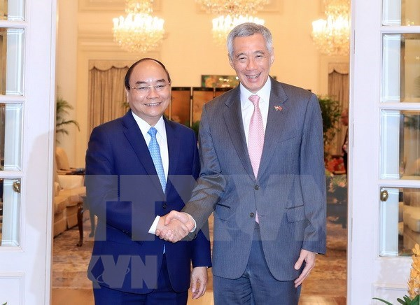 Visita del premier vietnamita a Singapur, un exito rotundo hinh anh 1