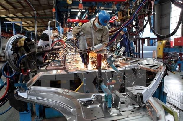 En alza indice de produccion industrial de Vietnam en abril hinh anh 1