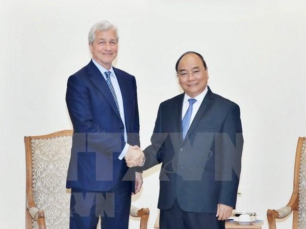 Vietnam saluda inversiones estadounidenses en sector financiero, dice Premier hinh anh 1