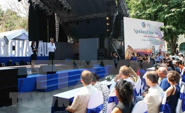 Inauguran Dia del Libro de Europa 2018 en Hanoi hinh anh 1