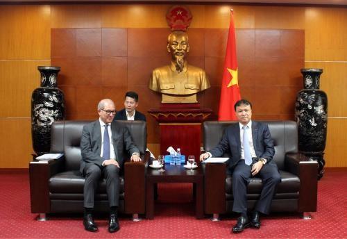 Vietnam se une a los esfuerzos mundiales para eliminar las armas quimicas hinh anh 1