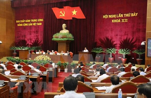 Comite Central del Partido Comunista de Vietnam concluye segunda jornada de su septimo pleno hinh anh 1