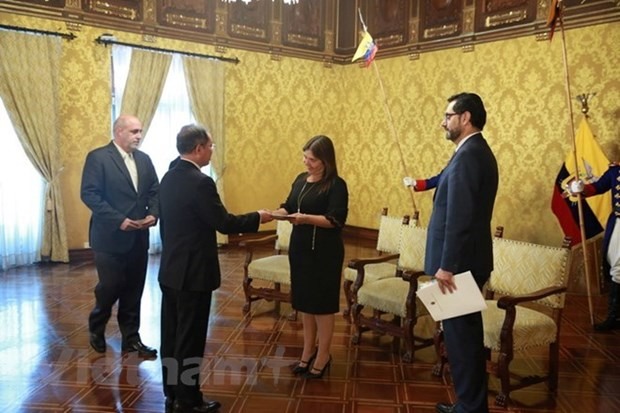 Ecuador abrira su embajada en Hanoi hinh anh 1