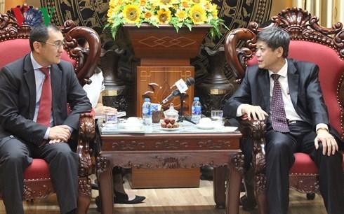 Vietnam y Kazajistan fortalecen cooperacion en periodismo hinh anh 1