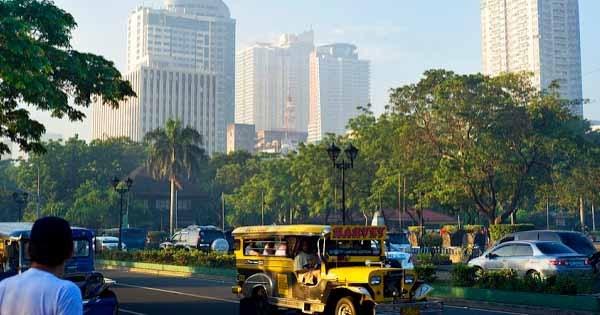 Economia de Filipinas crece 6,8 por ciento en primer trimestre hinh anh 1