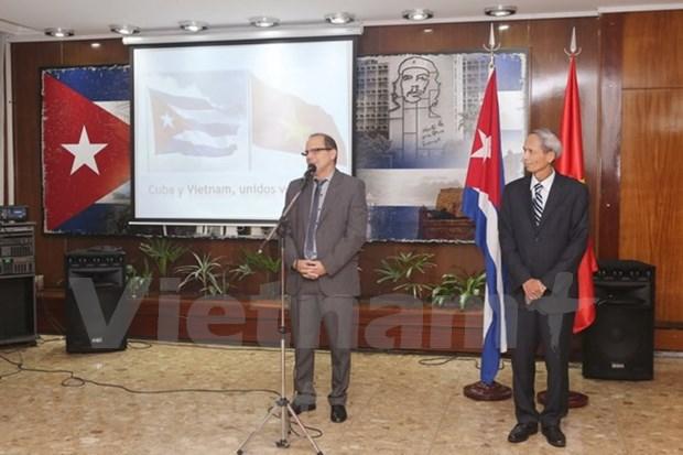 Fomentan intercambio de amistad entre Vietnam y Cuba en Argentina hinh anh 1