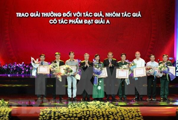 Honran obras destacadas en concurso dedicado a Ho Chi Minh hinh anh 1