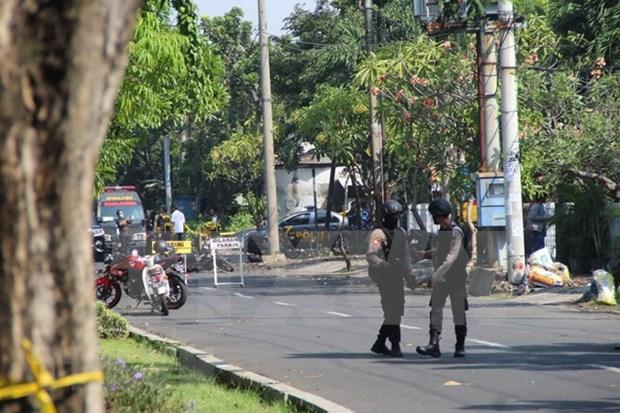Consecutivas explosiones de bomba en ciudad indonesia hinh anh 1