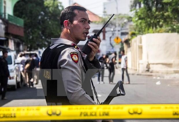 Indonesia: ataque suicida contra una estacion policial en Surabaya hinh anh 1