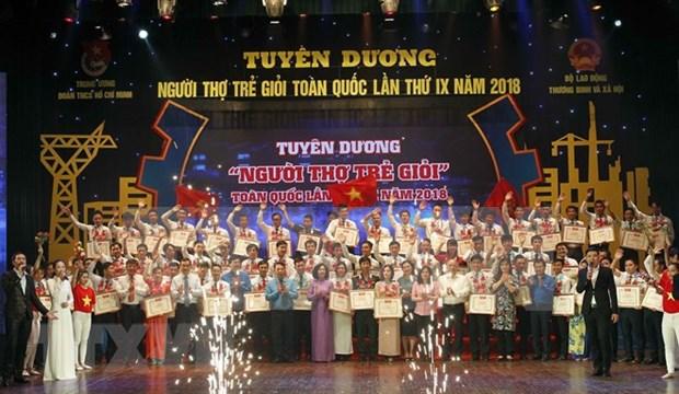 Distinguen a trabajadores jovenes cualificados de Vietnam hinh anh 1