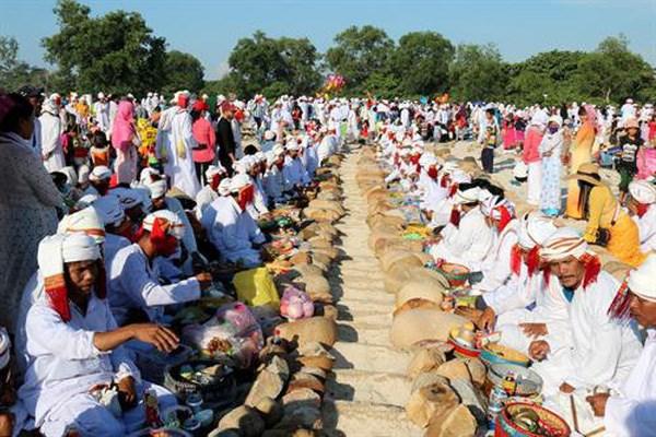 Pobladores de Cham Bani celebran festival Ramuwan hinh anh 1