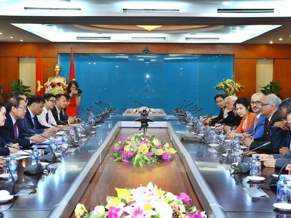 Vietnam dispuesto a acoger premios de alianza de informatica de Asia-Pacifico hinh anh 1