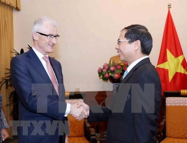 Vietnam y region belga de Flandes por fomentar colaboracion en diversos sectores hinh anh 1