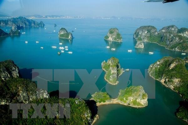 Exhiben 200 obras fotograficas sobre turismo de Quang Ninh hinh anh 1