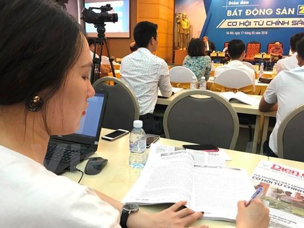 Analizan en Hanoi impacto de politicas nacionales en desarrollo del mercado inmobiliario hinh anh 1
