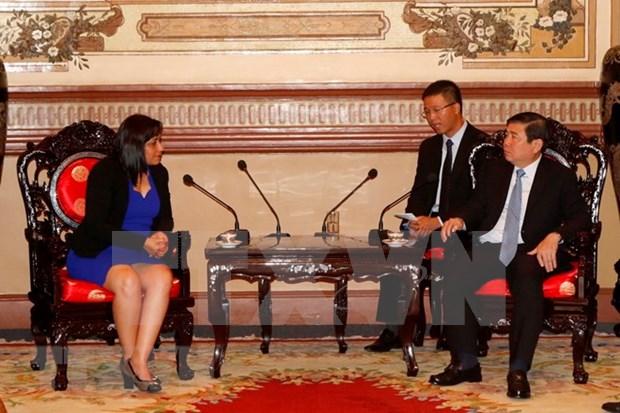 Dirigente de Ciudad Ho Chi Minh respalda cooperacion juvenil entre localidades de Vietnam y Cuba hinh anh 1