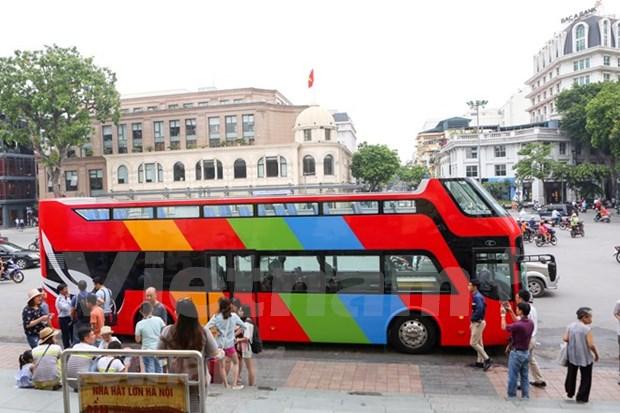Autobuses de dos pisos recorreran las calles de Hanoi este mes hinh anh 1