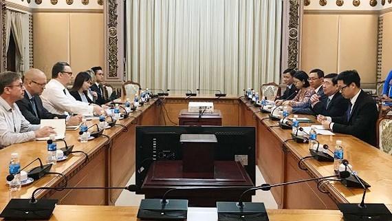 Autoridades de Ciudad Ho Chi Minh exhortan a impulsar cooperacion con Finlandia hinh anh 1