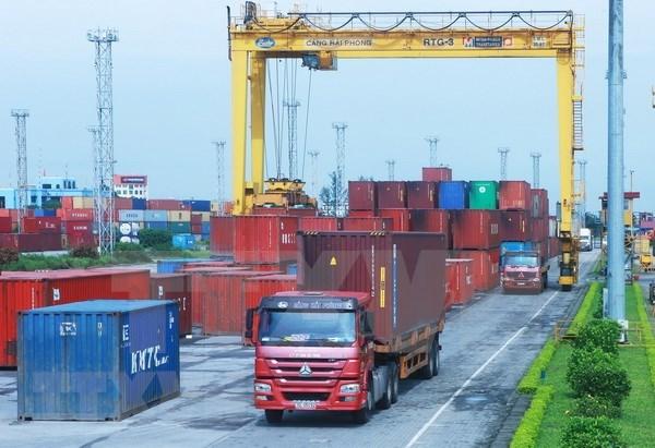 Expertos de Vietnam subrayan necesidad de mejorar calidad de los productos hinh anh 1